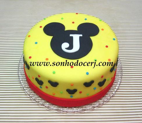 Bolo Mickey (silhuetas e bolinhas coloridas)!!