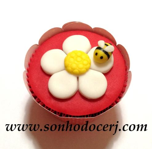 Cupcake Abelhinha na flor! (E)