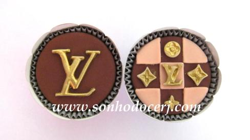 Blog_Cupcake_LouisVuitton_Logo_ 126[2]