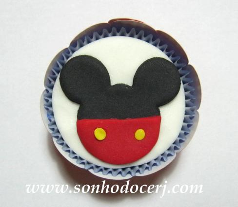Blog_Cupcake_Mickey_ 008[2]