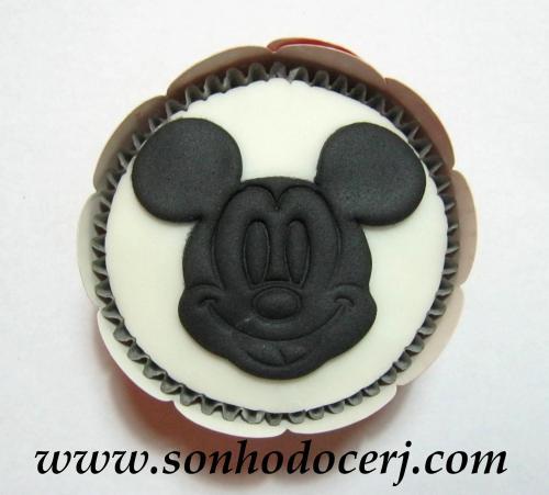 Blog_Cupcake_Mickey_Rostinho_ 040[2]