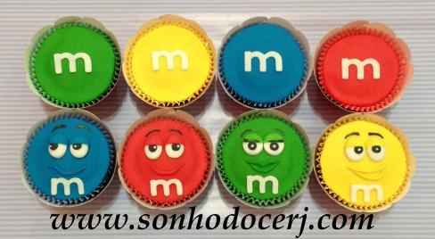 Blog_Cupcakes_M&M_3054[2]