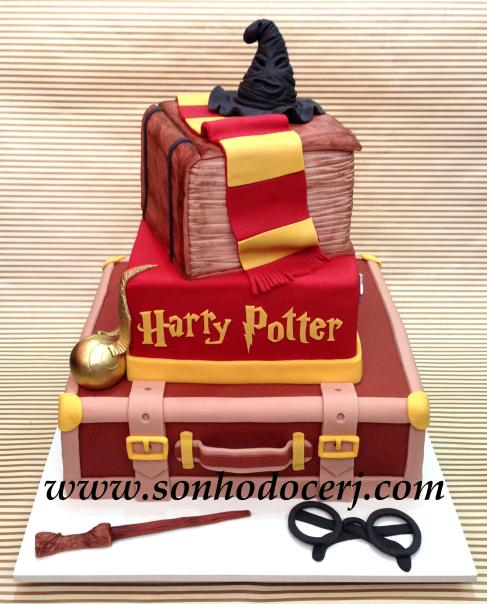 Bolo Harry Potter! (Cód: B173)