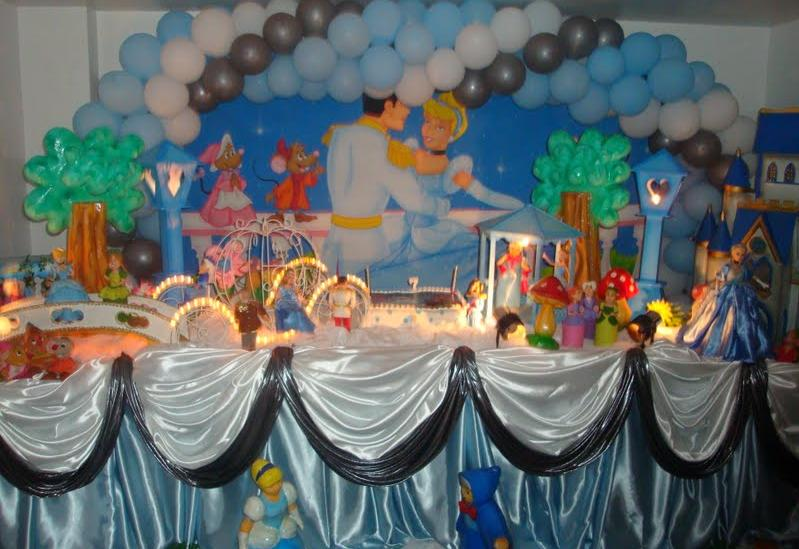Bolo da Cinderela e Cupcakes (2/6)