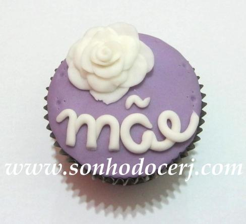 Cupcake Mãe letra cursiva com rosa! (D)