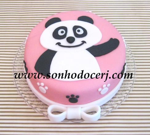 Bolo Ursinho Panda!! Desenho todo recortado com bisturi em açúcar!!