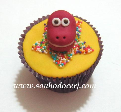 Blog_Cupcake_Barney_ 093[2]