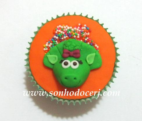 Blog_Cupcake_Barney_ 101[2]