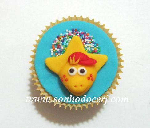 Blog_Cupcake_Barney_ 122[2]