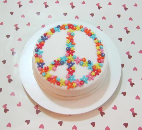 Bolo Paz e Amor (florido!)