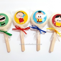 """Pirulito de biscoito com rótulo personalizado no tema """"Turma da Mônical""""!"""