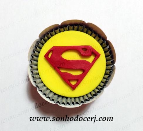 Blog_Cupcake_Super Homem_Logo_9467[2]