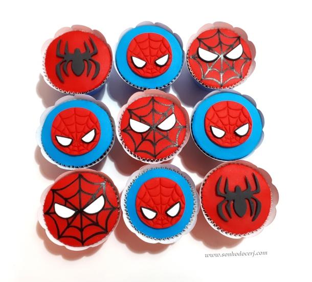 Blog_Cupcakes_Homem Aranha_Super herói_151802[2]
