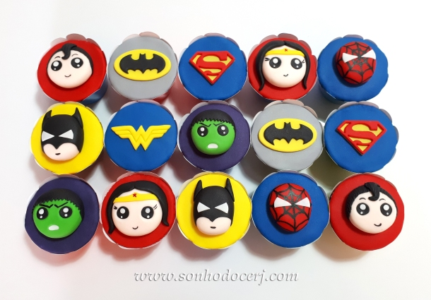Blog_Cupcakes_Super heróis_115003[2]