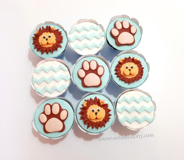 Blog_Cupcakes_chá de bebê_safari_091804[2]