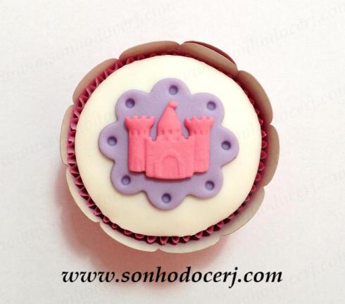 Cupcake Castelo das Princesas com 3 torres(C)!