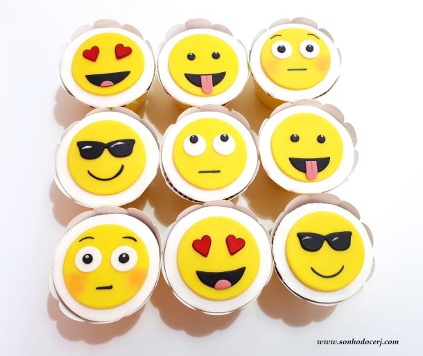 Blog_Cupcakes_Emoji_redes sociais_122354[2]