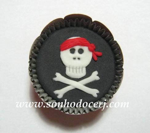 Blog_Cupcake_Pirata_Caveira_090[2]