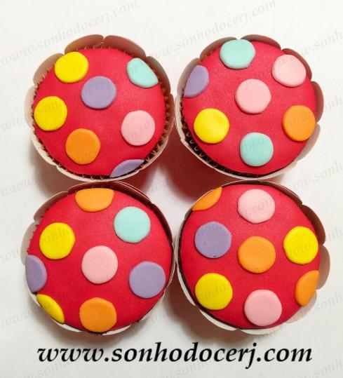 Blog_Cupcake_Bolinhas coloridas_2485[2]