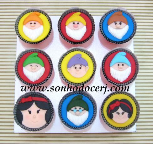 Blog_Cupcake_BrancaDeNeve_7anoes_ 045[2]