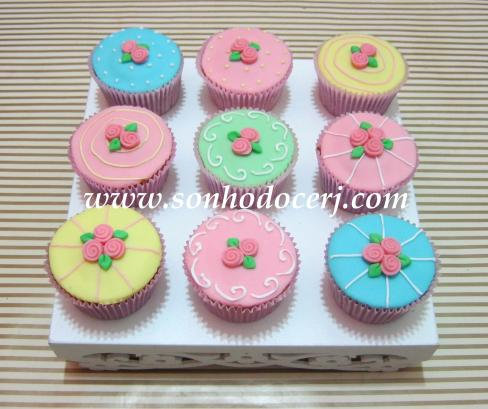 Cupcakes em estilo confeitaria Vintage!! (C)