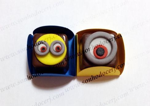 Bombons Modelados Minions! Carinha Minion (6), Olho Minion (5)