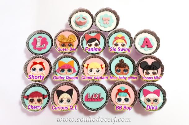 Blog_Cupcakes_LOL surprise_140650[3]