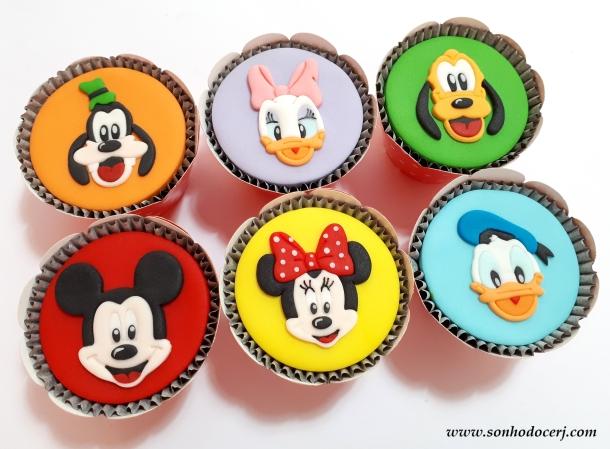 Blog_Cupcakes_Mickey e sua turma_115342[2]