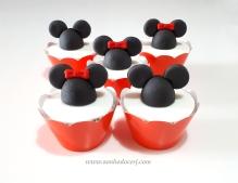 "Cupcakes ""Mickey e sua turma""! Minnie orelhas 3D (9,00), Mickey orelhas 3D (9,00)"
