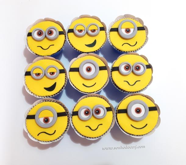 Blog_Cupcakes_Minions_103826[2]