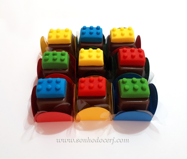 Blog_Bombom Modelado_Lego_113453[2]
