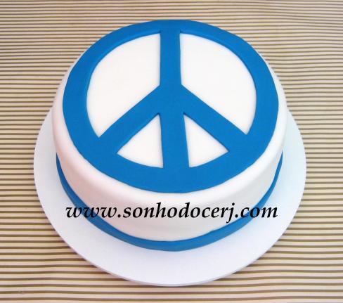 Bolo Paz e Amor (Símbolo chapado)!