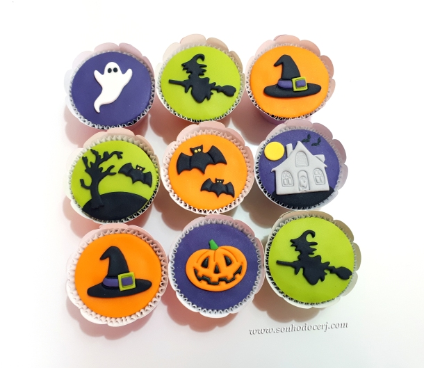 Blog_Cupcakes_Halloween_101248[2]