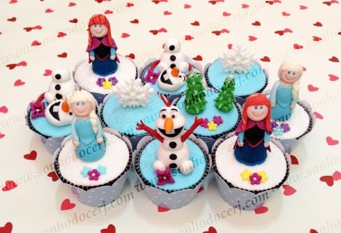 Cupcakes Frozen 3D! Anna 3D, Elsa 3D, Olaf 3D, Pinheiros 3D, Floco de neve 3D