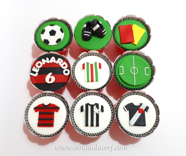 Blog_Cupcakes_Futebol_120201[2]