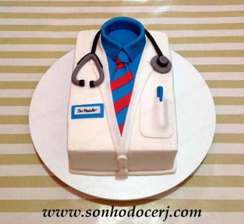 blog_b074_bolo_jaleco-de-medico_45872