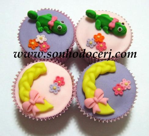 Blog_Cupcake_Enrolados_Rapunzel_TrançaCamaleão_ 042[2]