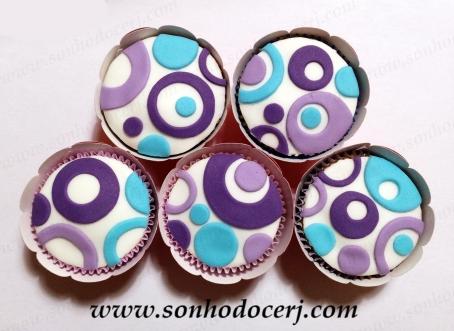 Blog_Cupcakes_Estampa_Bolinhas vazadas_9941[2]