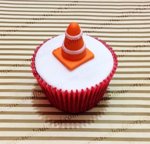 Blog_Cupcake_Carros_Cone 3D_6920[2]