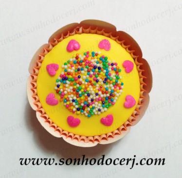blog_cupcake_circulo-de-confeitos_coracoes_24272