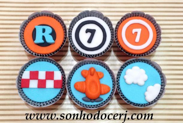 Blog_Cupcakes_Aviões_Disney_4065[2]