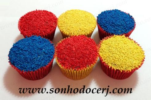 Blog_Cupcake_Confeitos_Granulado colorido_2556[2]