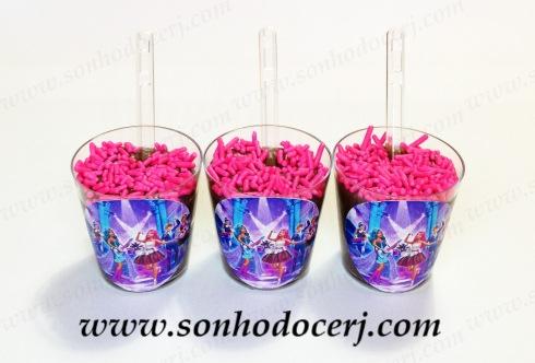 Blog_Brigadeiro Copinho_Rótulo Personalizado_Barbie_5877[2]