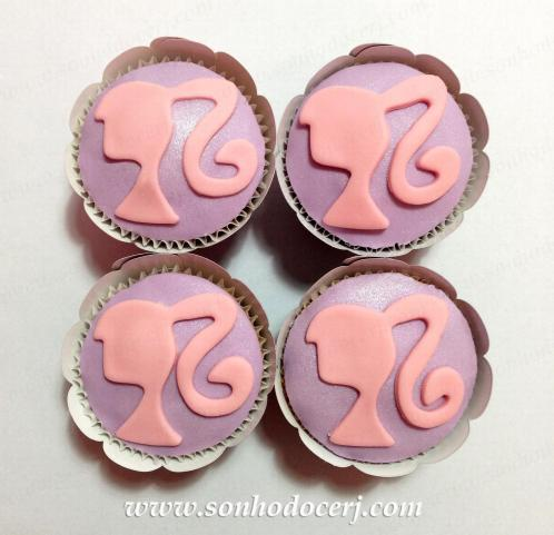 Blog_Cupcake_Silhueta Barbie_5912[2]