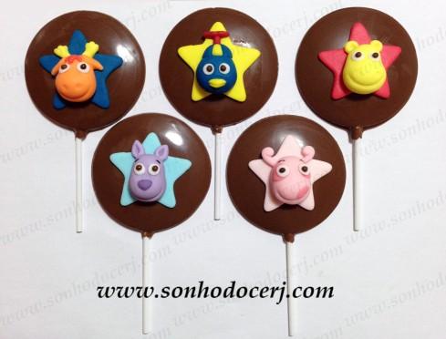 Pirulitos de chocolate Backyardigans! Pablo (azul)(P6), Tasha (amarelo)(P6), Tyrone (laranja)(P6), Uníqua (rosa)(P6) e Austin (lilás) (P6)