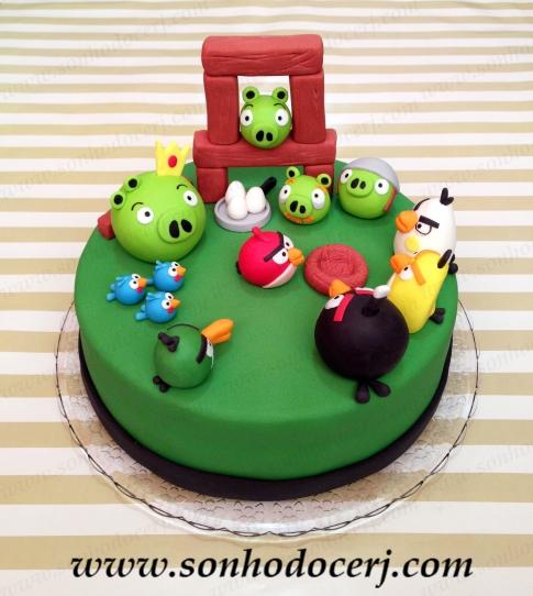 Bolo Angry Birds - cenário de jogo! (Cód: B093)