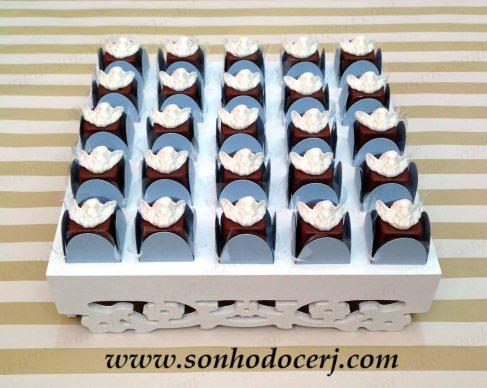 blog_bandeja-quadrada_flores-vazadas_mdf-festa_65752