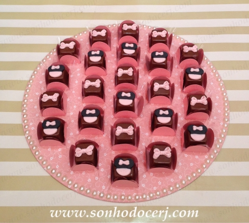 blog_bombom-modelado_minnie-rosa_bandeja-decorada_mdf_45782
