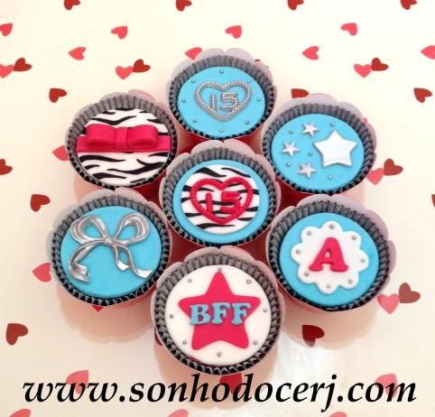 Blog_Cupcakes_15Anos_4859[2]