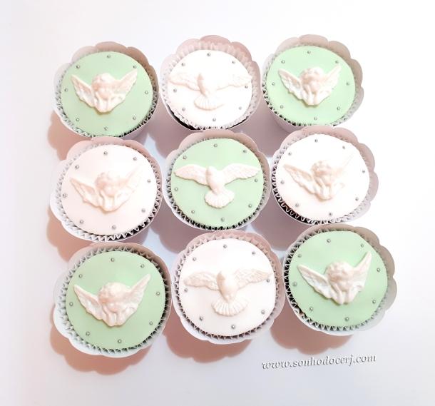 Blog_Cupcakes_batizado_144844[2]